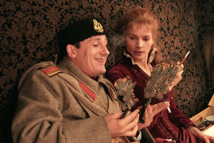 Кадр из фильма *Сибирский цирюльник*, 1998 | Фото: trud.ru