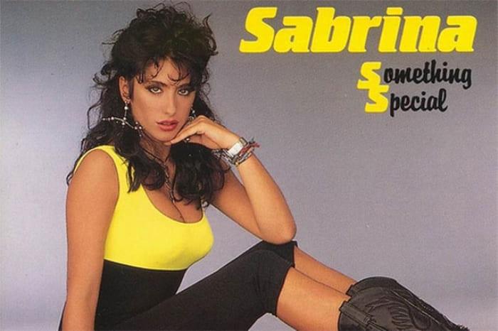 Одна из самых богатых и известных в мире итальянских певиц Сабрина | Фото: abrgen.ru