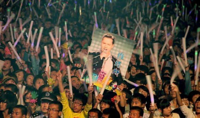 В Китае у Витаса миллионы поклонников | Фото: uznayvse.ru