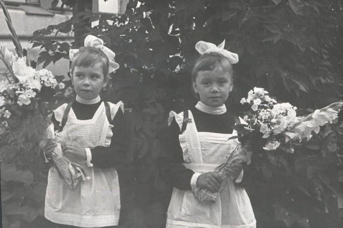 Евдокия и Любовь Германовы в детстве | Фото: starhit.ru