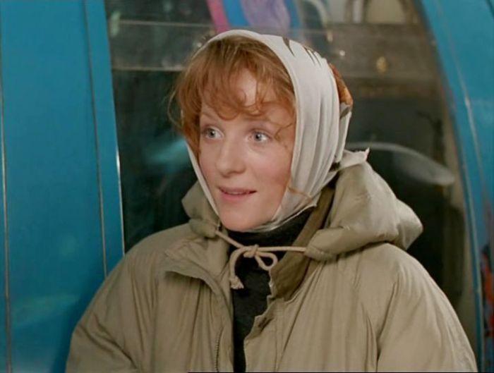 Полина Кутепова в фильме *Орел и решка*, 1995 | Фото: kino-teatr.ru