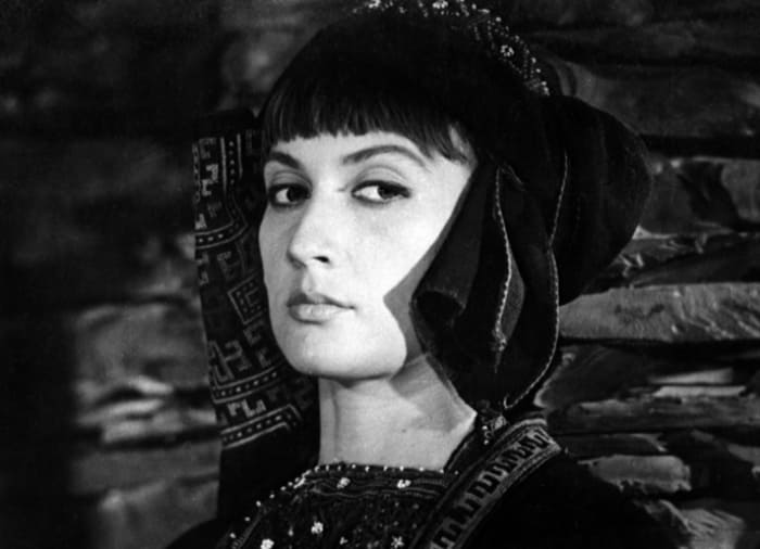 Софико Чиаурели в фильме *Хевсурская баллада*, 1965 | Фото: vokrug.tv