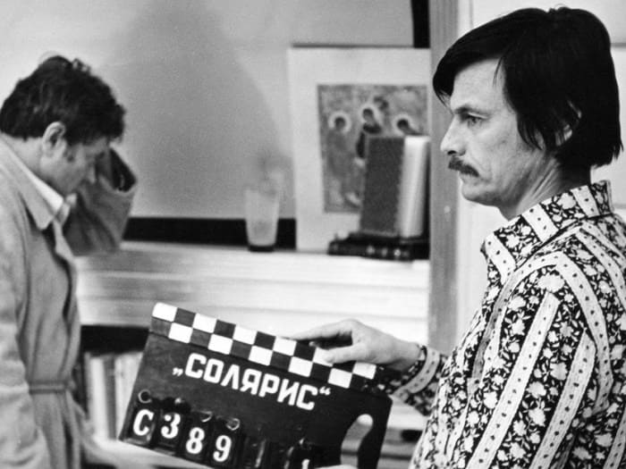 Андрей Тарковский на съемках фильма *Солярис*   Фото: tvkinoradio.ru