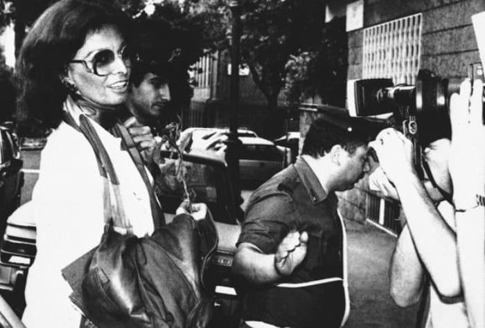 Софи Лорен выходит из тюрьмы, 1982 | Фото: lenta.ru