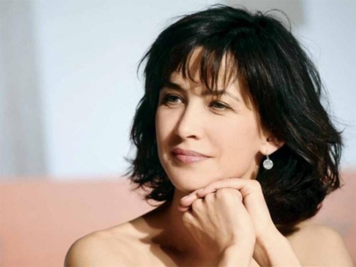 Актриса и сегодня прекрасно выглядит и продолжает сниматься в кино | Фото: vev.ru