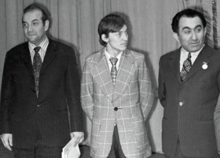 Известные советские шахматисты Виктор Корчной, Анатолий Карпов и Тигран Петросян | Фото: dobrocom.info