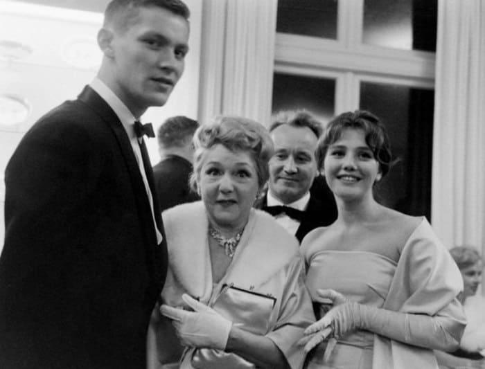 Владимир Ивашов, Мэри Пикфорд и Жанна Прохоренко в США, 1960   Фото: kino-teatr.ru