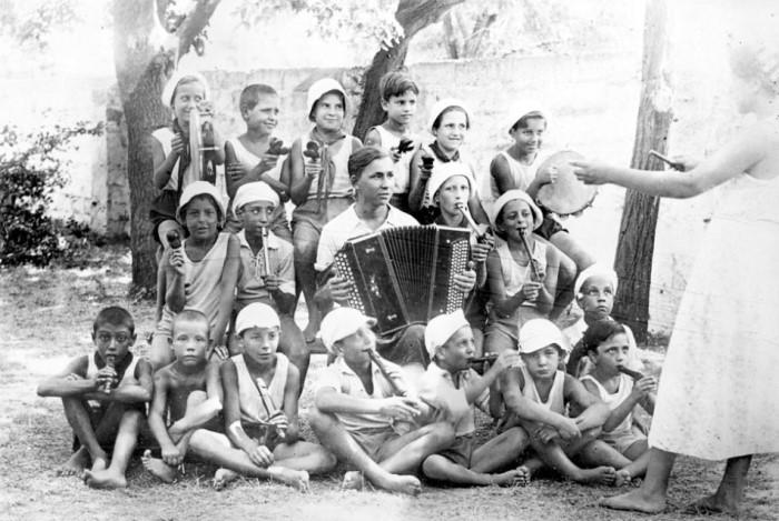 Испанские дети в советском пионерлагере | Фото: kudago.com