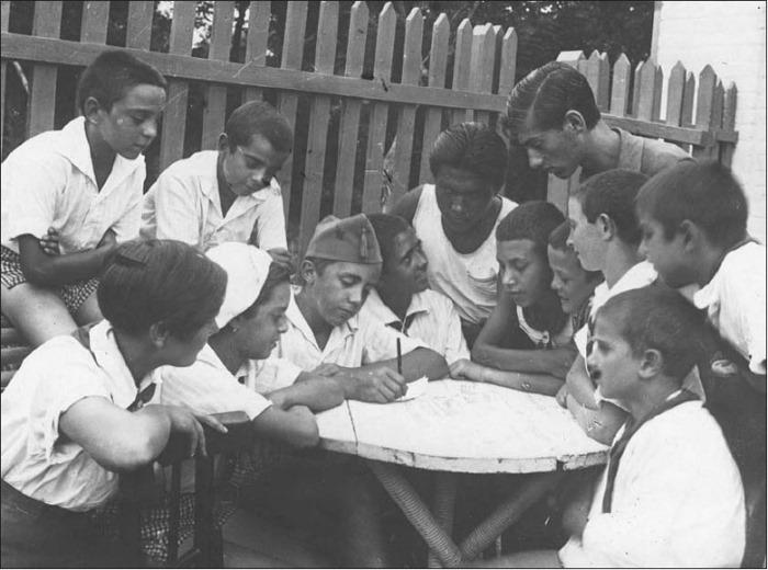 Испанские дети в одесском санатории им. Октябрьской революции | Фото: portal.rusarchives.ru