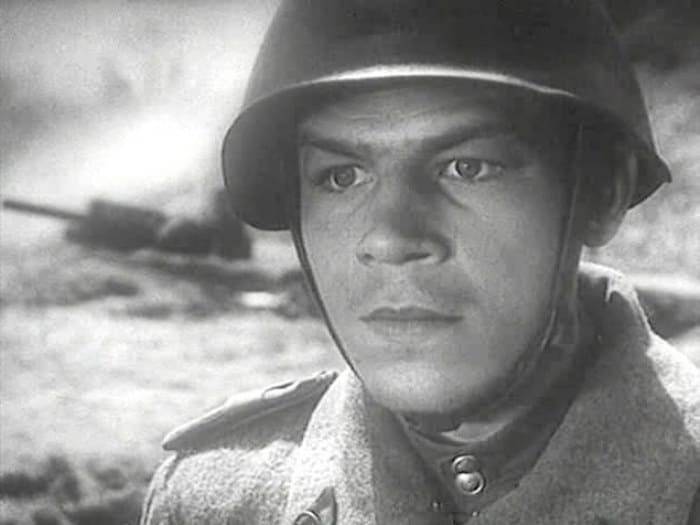Станислав Чекан в фильме *Сын полка*, 1946 | Фото: kino-teatr.ru
