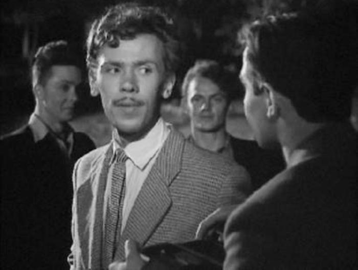 Кадр из фильма *Улица молодости*, 1958 | Фото: kino-teatr.ru