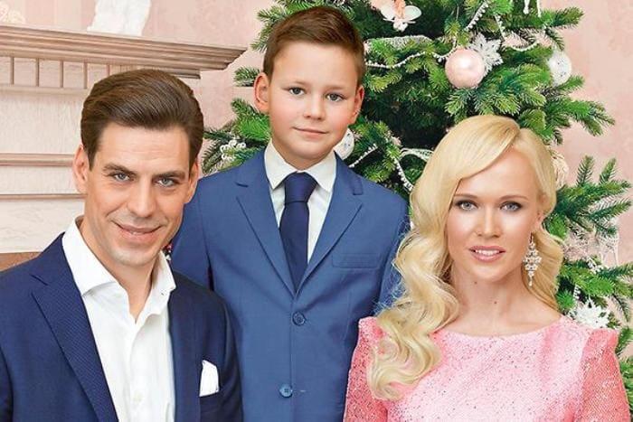 Супруги с сыном | Фото: 2aktera.ru