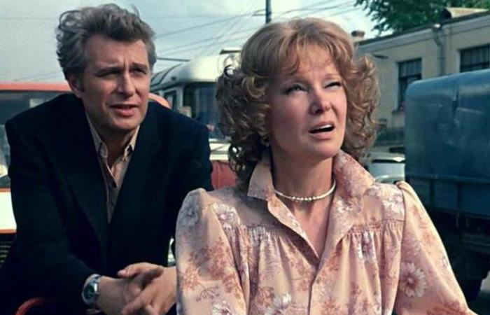 Кадр из фильма *Вокзал для двоих*, 1982 | Фото: fb.ru