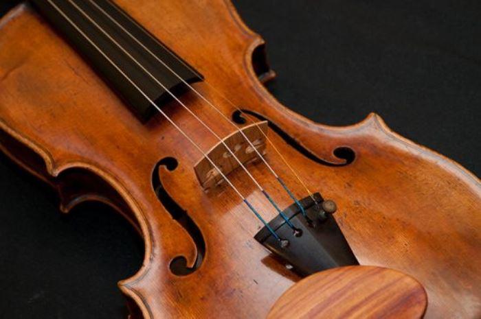 Кража скрипки Страдивари стала нашумевшим преступлением | Фото: colors.life