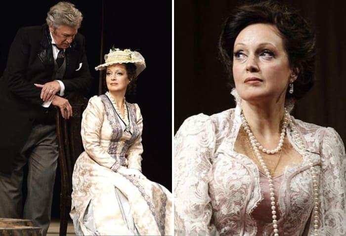 Актриса на сцене театра | Фото: liveinternet.ru