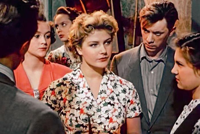 Кадр из фильма *За витриной универмага*, 1955 | Фото: 7days.ru