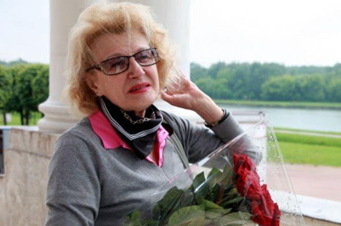Народная артистка РФ Светлана Дружинина   Фото: aif.ru