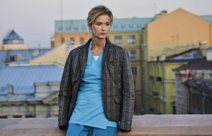 Светлана Иванова в сериале *Тест на беременность*, 2014   Фото: kino-teatr.ru