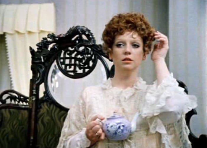 Светлана Крючкова в фильме *Не может быть!*, 1975 | Фото: kino-teatr.ru