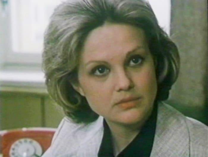 Светлана Пенкина в фильме *Грядущему веку*, 1985 | Фото: kino-teatr.ru