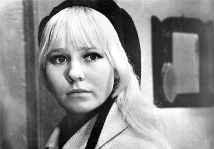 Светлана Савелова в фильме *День солнца и дождя*, 1967 | Фото: kino-teatr.ruа