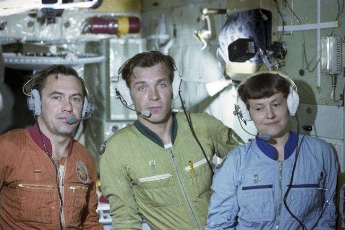 Экипаж орбитальной станции *Салют-7*: Леонид Попов, Александр Серебров и Светлана Савицкая | Фото: 24smi.org