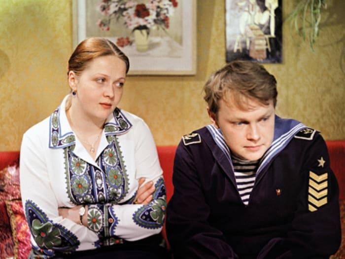 В 28 лет Гундарева сыграла и юную девушку, и мать взрослого сына | Фото: allgrach.livejournal.com
