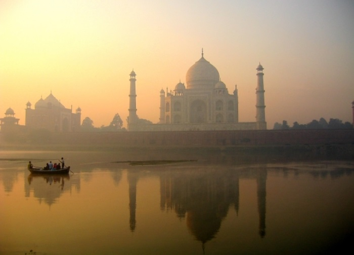 Самая знаменитая архитектурная достопримечательность Индии – Тадж-Махал | Фото: lifeglobe.net