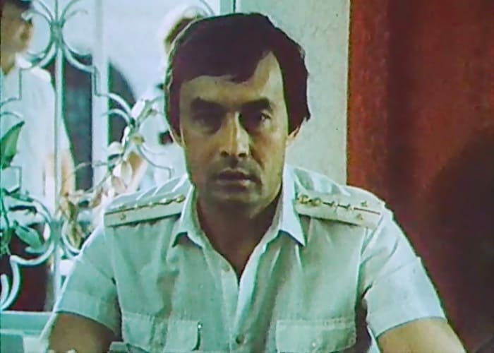 Талгат Нигматулин в своем последнем фильме – *Противостояние*, 1985 | Фото: kino-teatr.ru