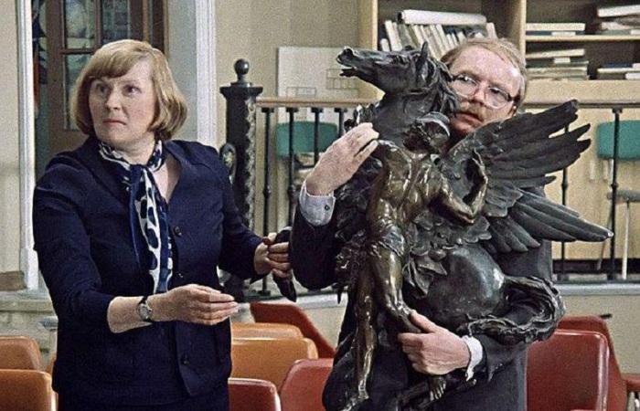 Кадр из фильма *Служебный роман*, 1977 | Фото: fb.ru
