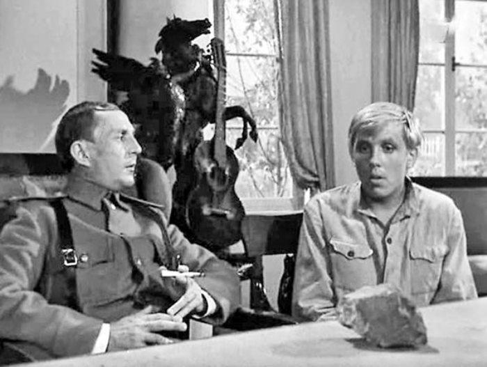 Кадр из фильма *Пакет*, 1965 | Фото: liveinternet.ru