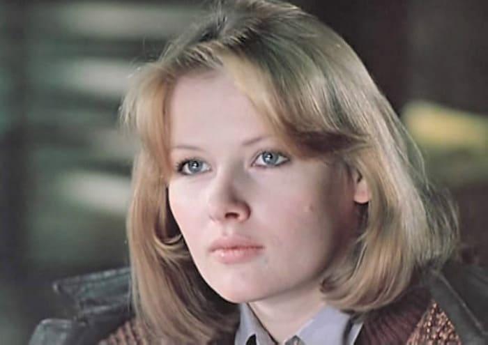 Тамара Акулова в фильме *Трое на шоссе*, 1983 | Фото: kino-teatr.ru