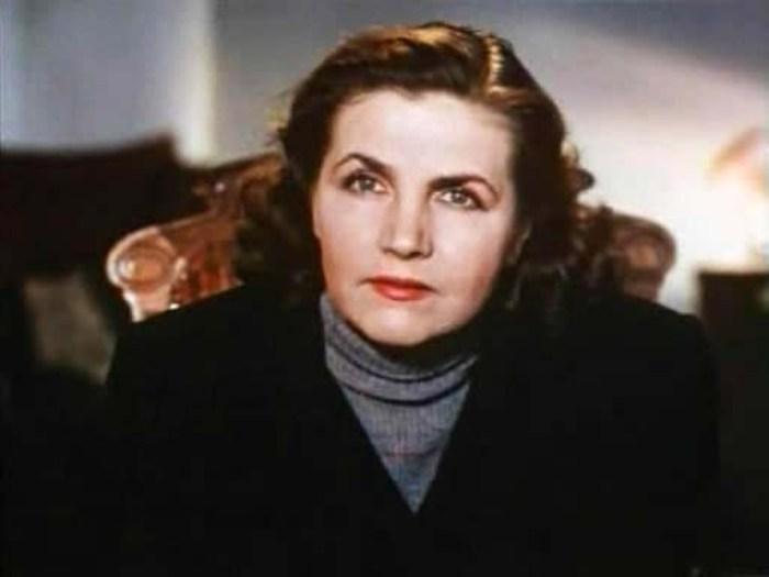 Тамара Макарова в фильме *Сельский врач*, 1951 | Фото: kino-teatr.ru