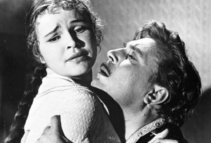 Кадр из фильма *Воскресение*, 1961 | Фото: kino-teatr.ru