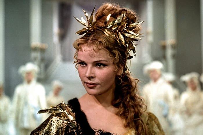 Кадр из фильма *Крепостная актриса*, 1963 | Фото: kino-teatr.ru