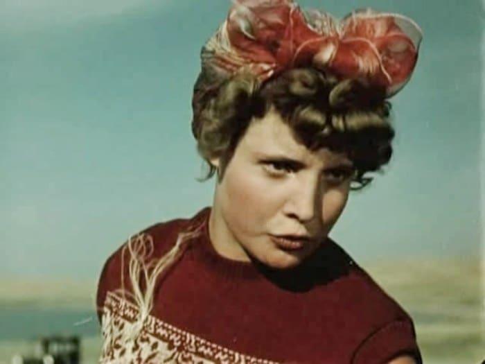Татьяна Доронина в фильме *Первый эшелон*, 1955 | Фото: kino-teatr.ru