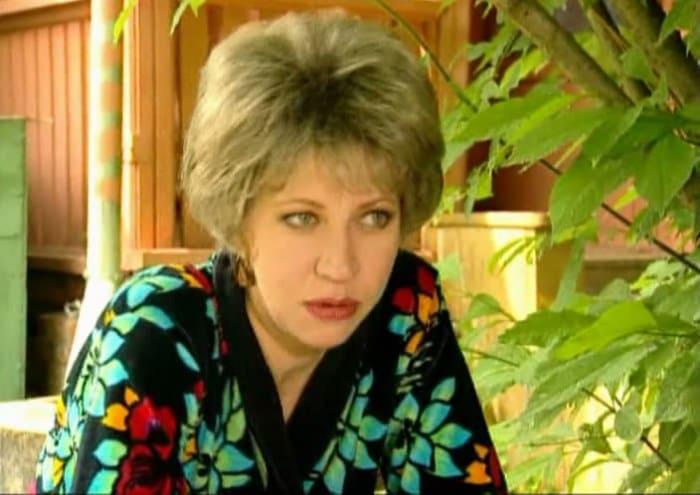 Татьяна Лазарева в сериале *33 квадратных метра* | Фото: kino-teatr.ru
