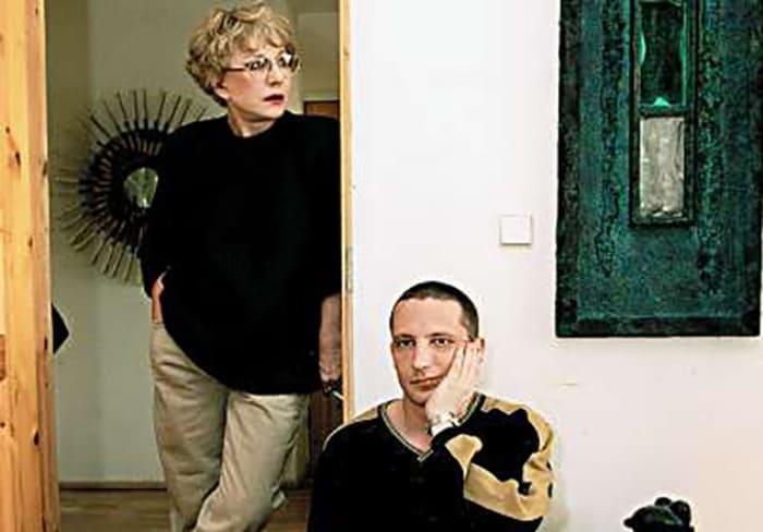Актриса с сыном Владимиром | Фото: 24smi.org