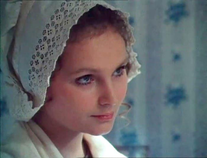Татьяна Паркина в фильме *Красное и черное*, 1976 | Фото: kino-teatr.ru