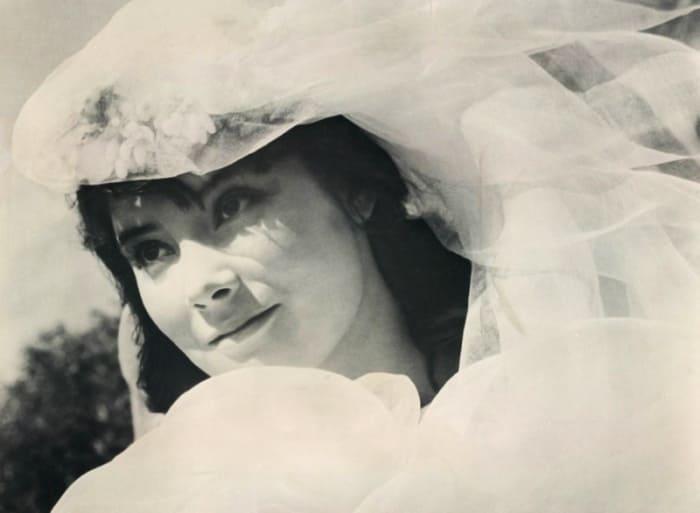 Татьяна Самойлова в фильме *Летят журавли*, 1957 | Фото: kino-teatr.ru