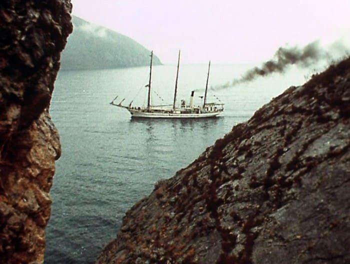 *Дункан* в гавани возле *Артека* | Фото: proboating.ru