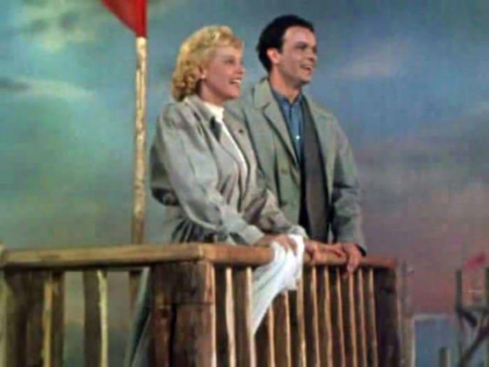Кадр из фильма *Сказание о земле Сибирской*, 1947   Фото: kino-teatr.ru
