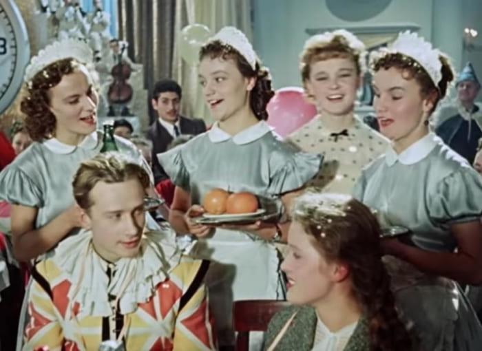 Кадр из фильма *Карнавальная ночь*, 1956   Фото: kp.ru