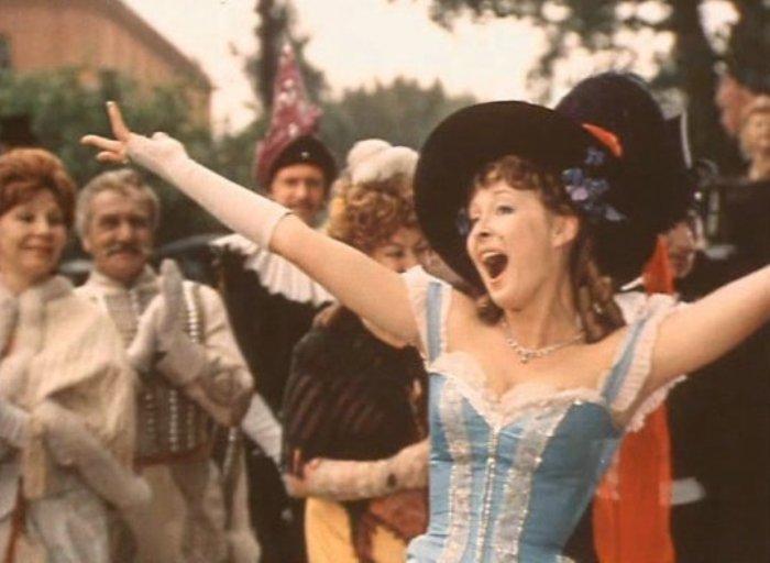 Лариса Удовиченко в фильме *Летучая мышь*, 1978 | Фото: domkino.tv