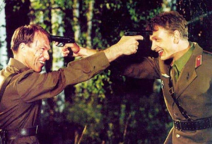 Кадр из фильма *Граница. Таежный роман*, 2000 | Фото: kino-teatr.ru
