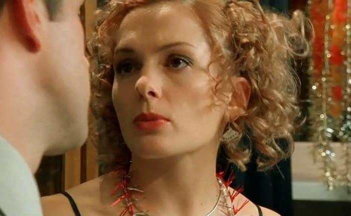 Мария Порошина в сериале *Бригада*, 2002 | Фото: kino-teatr.ru