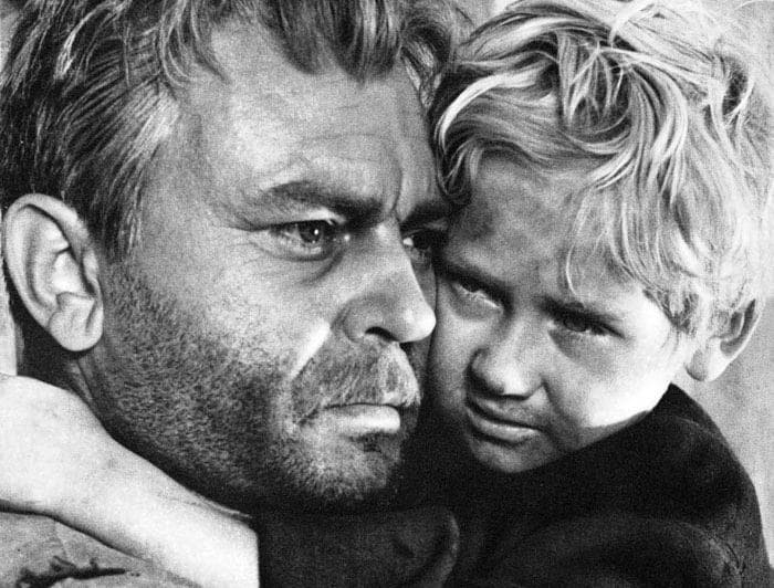 Кадр из фильма *Судьба человека*, 1959 | Фото: kino-teatr.ru