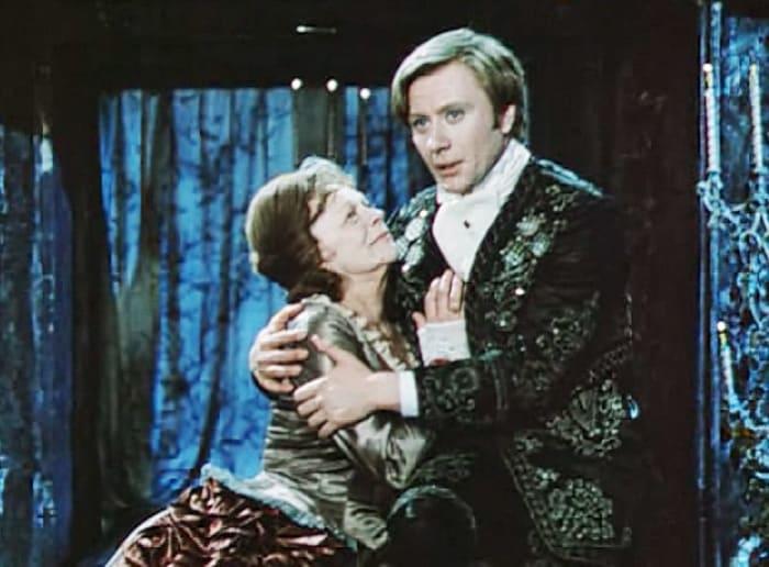 Кадр из фильма-спектакля *Безумный день, или Женитьба Фигаро*, 1973 | Фото: izbrannoe.com