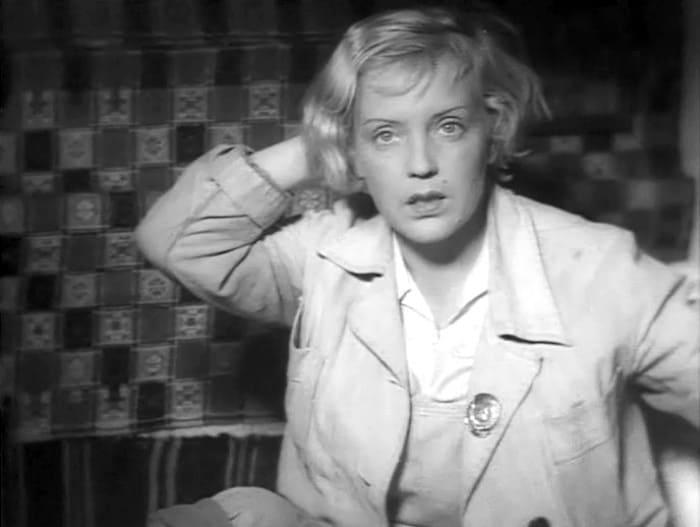 Кадр из фильма *Трактористы*, 1939 | Фото: kino-teatr.ru
