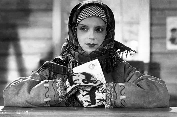 Марина Ладынина в фильме *Свинарка и пастух*, 1941 | Фото: aif.ru